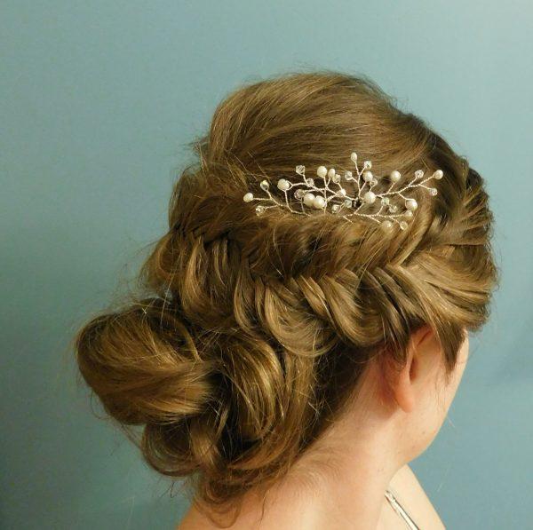 white pearl hair piece