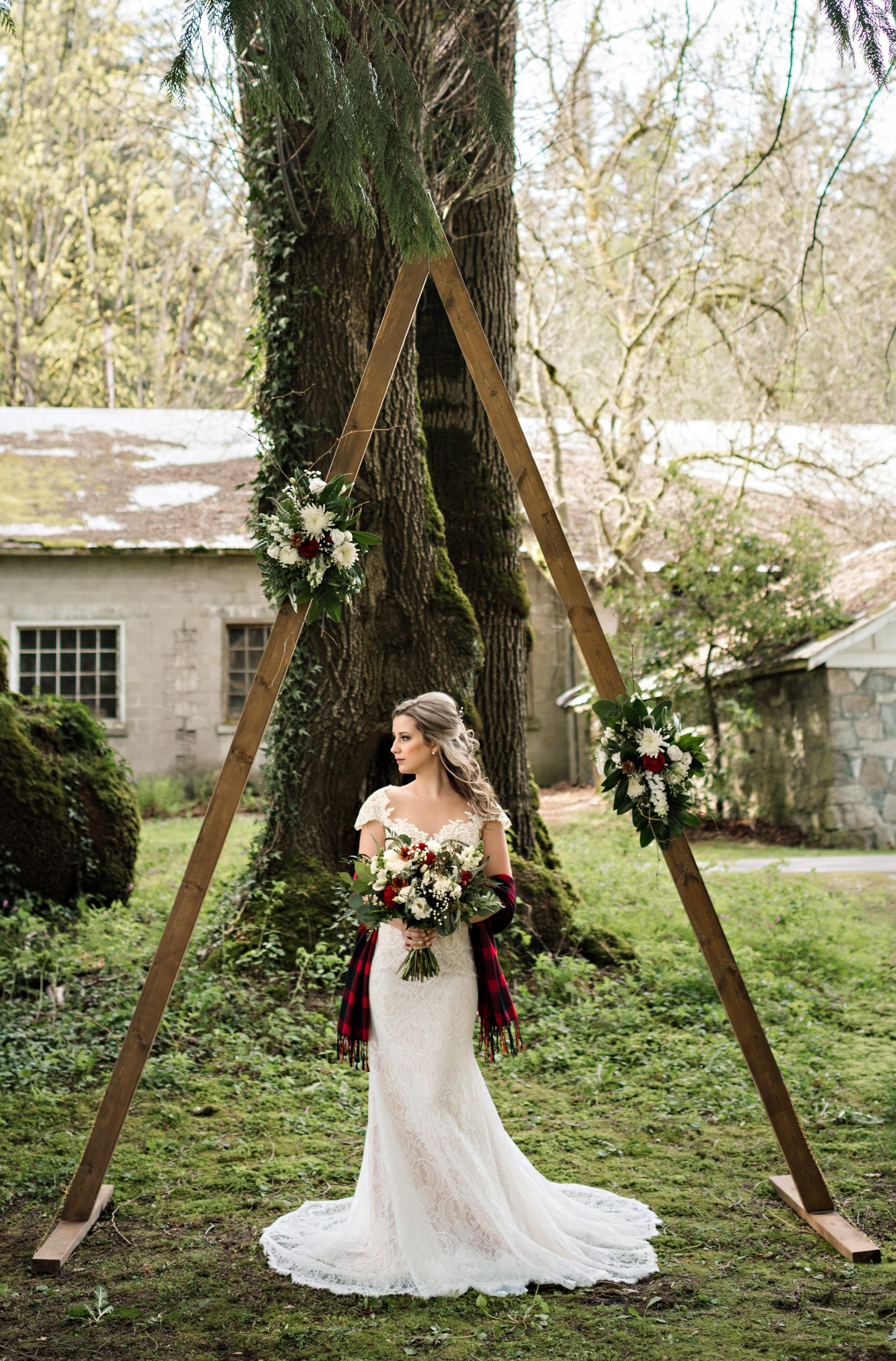 rustic hair piece with rustic wedding arch