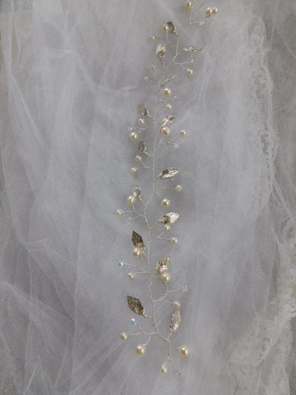 pearl leaf hair vine